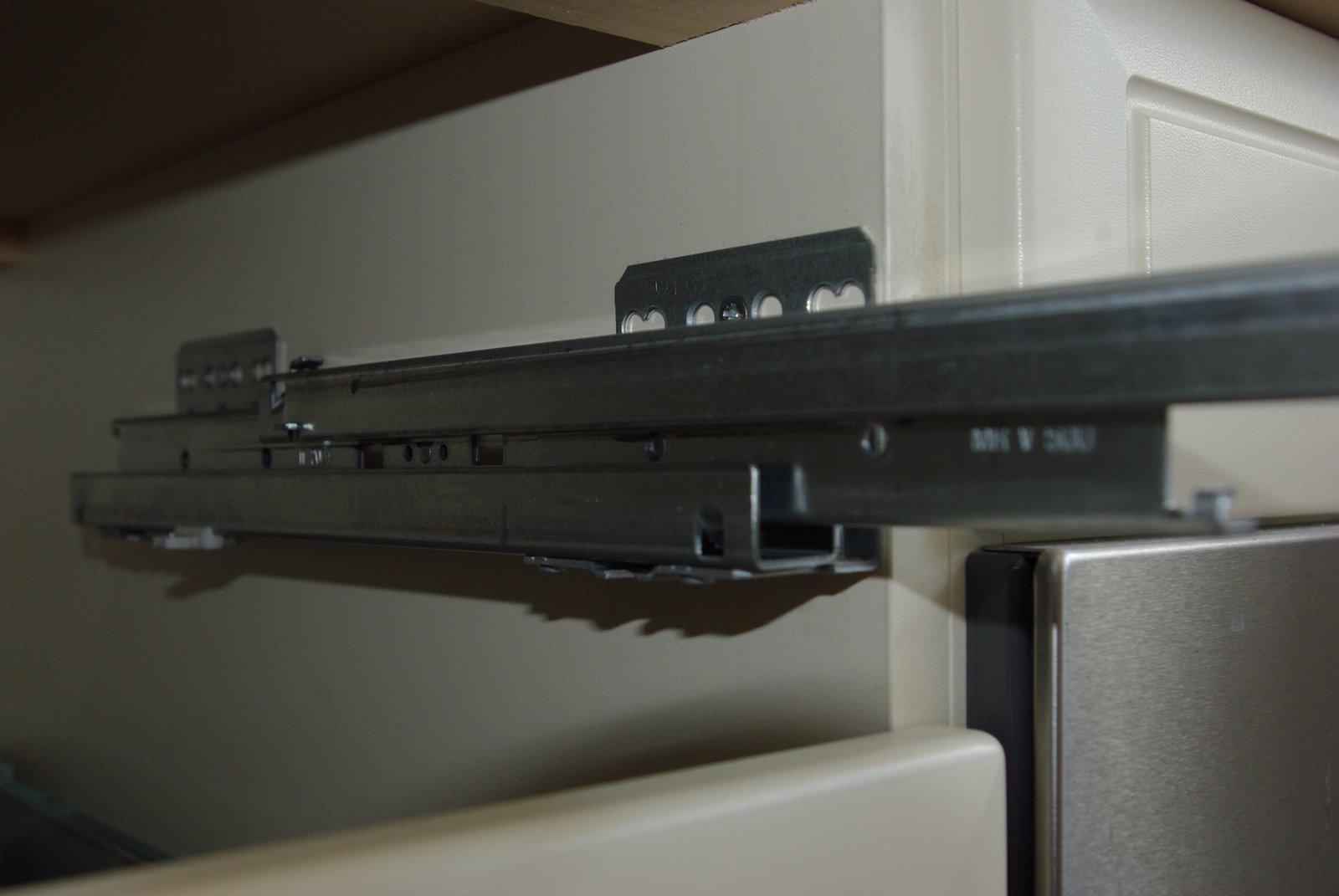 Keukenkasten Voor Inbouwapparatuur : Soft-close Demper voor houder van ...